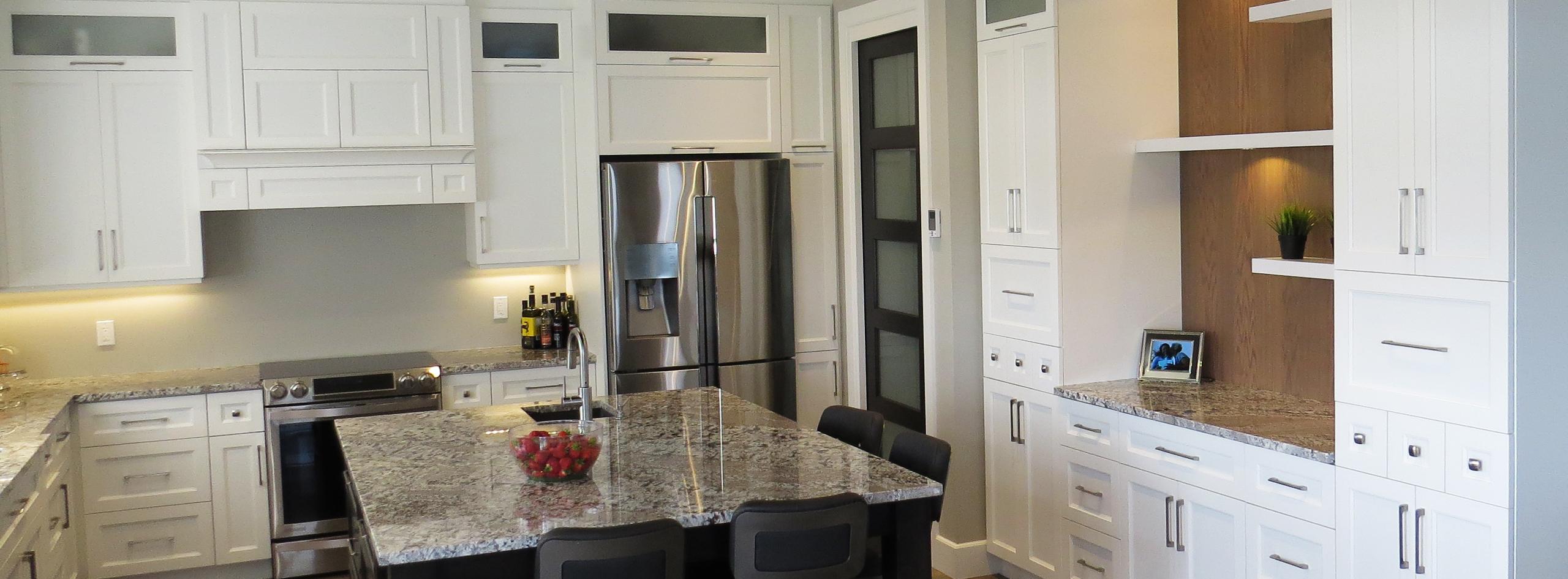 <p>Confiez votre <strong>décoration intérieure</strong> à nos designers</p>